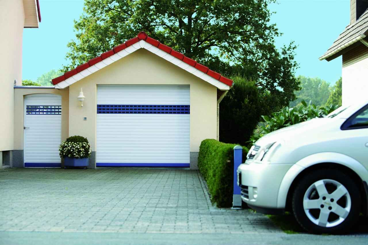Garagen Ausstellung Eigenschaften : Garagentore aus aluminium schlingmann bauelemente gmbh