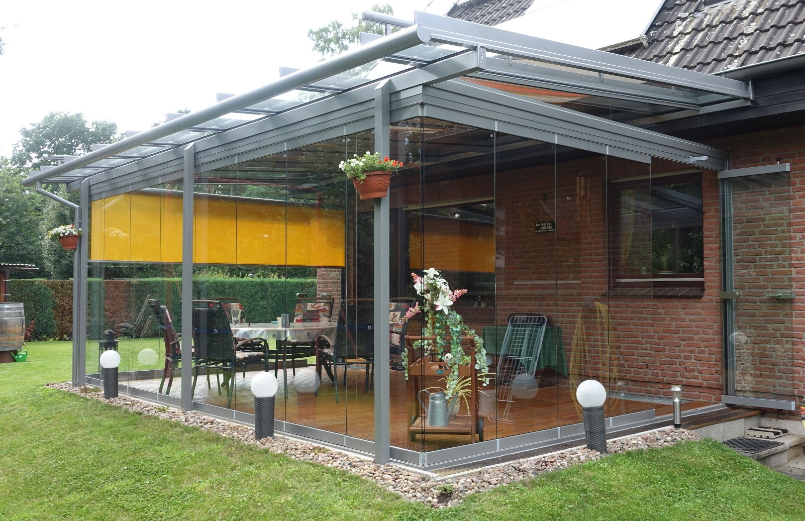 Solarlux Glashaus Atrium mit SL25 Unterbau